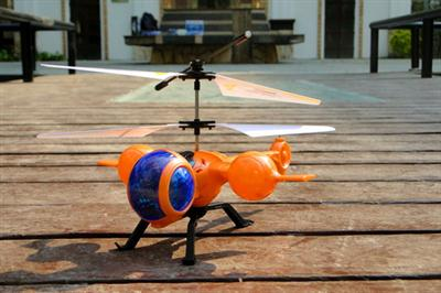 Tee DIY model remote control helicopter with gyro