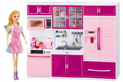 KITCHENWARE WITH BARBIE